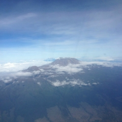 Flying by mt-kilimanjaro May 2013
